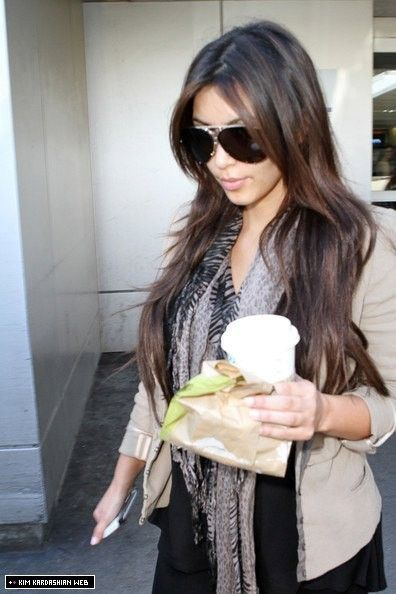 Kim is spotted leaving LAX airport after her brief trip to Miami 9/27/10 - Kim Kardashian Photo (15883153) - Fanpop