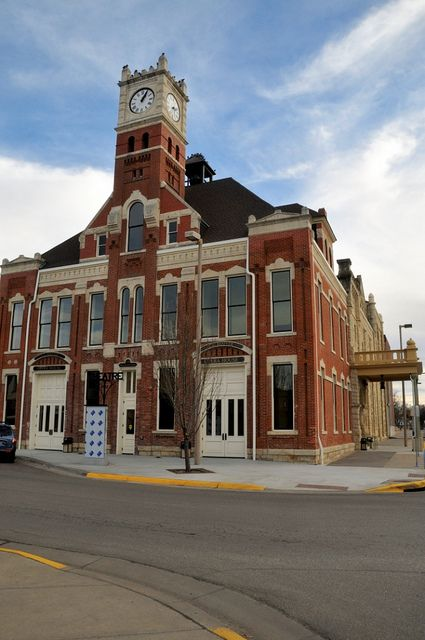 junction city ks dating Junction city tourism: tripadvisor has 4,060 reviews of junction city hotels, attractions, and restaurants making it your best junction city resource.