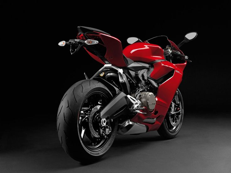 Ducati-899-Panigale-BackView-1280x720-Wallpaper
