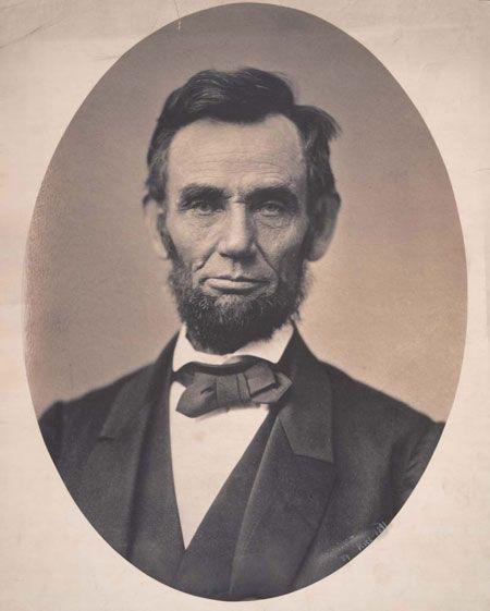 Abraham Lincoln, 1863. Alexander Gardner. ICHi-52603