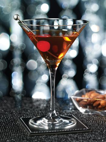 Perfect Manhattan-As served at The Plaza, A Fairmont Managed Hotel:    1¾ oz (50 ml) Gentleman Jack whiskey  ¾ oz (25 ml) sweet vermouth  ¾ oz (25 ml) dry vermouth  1 dash Angostura bitters    (photo and recipe-Fairmont Hotels & Resorts): Classic Cocktails, Fairmont Hotels, Recipe Drinks, Cheer, Famous Hotels, Plaza Hotels, Perfect Manhattan A, Manhattan Recipe, Drinks Recipe