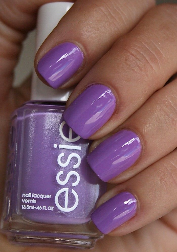 Love this Spring nail color: Essie Playdate want this color!!!