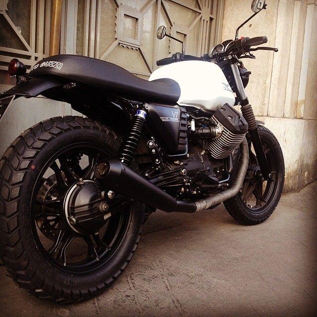 Black & White Moto Guzzi V7