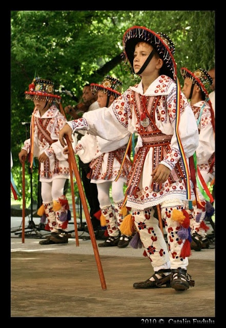 romanian traditional dance ''Calusarul''  photo Catalin Fudulu