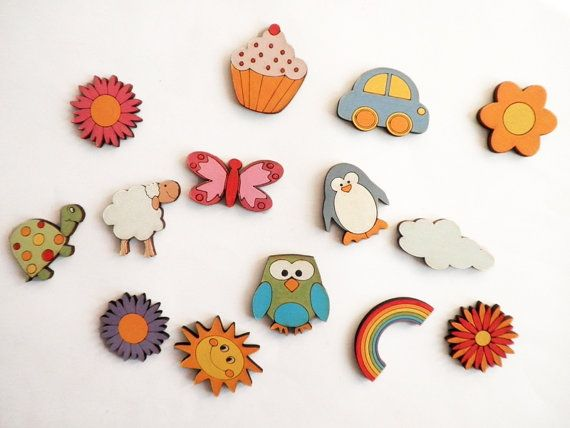Wooden decorative Magnets to hang you kids artwork on the fridge...: Gifts Ideas, Wooden Decor, Fridge Magnets Decor, Children, Decor Magnets, Wooden Animals, Wooden Magnets, Kids Artworks, Fridge Magnetsdecor