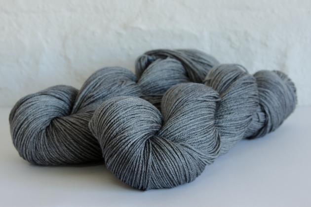 Hartlam Franschhoek Sock: 50% merino, 50% silk  For Artemist shawl
