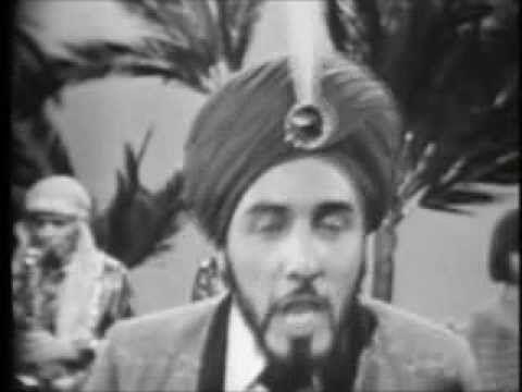 "SAM THE SHAM & THE PHAROAHS - 1965 - ""Wooly Bully"" - YouTube"