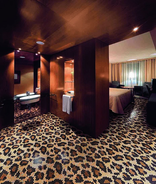 Best 25 leopard carpet ideas on pinterest the lady 39 s - Best wall to wall carpet for bedroom ...