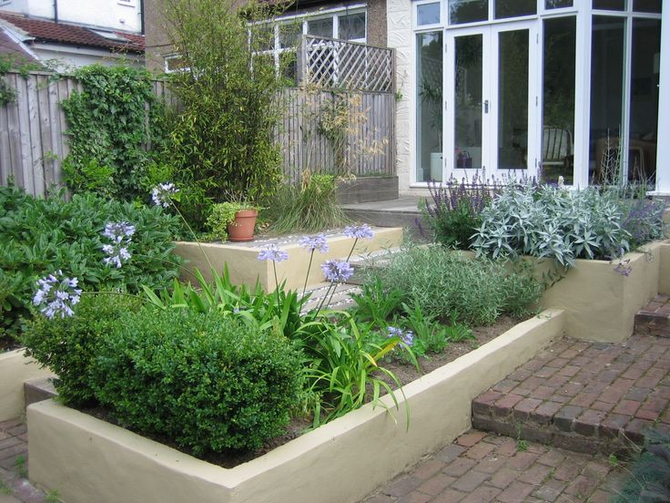 A transformation from what was lacking in organisation and colour to a really appealing contemporary garden space