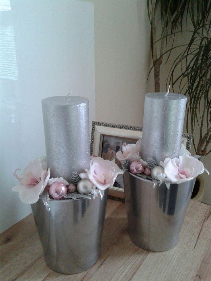 Luxusní+vánoční+svícen+s+orchidejí+Luxusní+vánoční+svícen+s+orchidejí.+Výška+28cm,délka+17cm,šířka+17cm.+Cena+je+za+1ks.