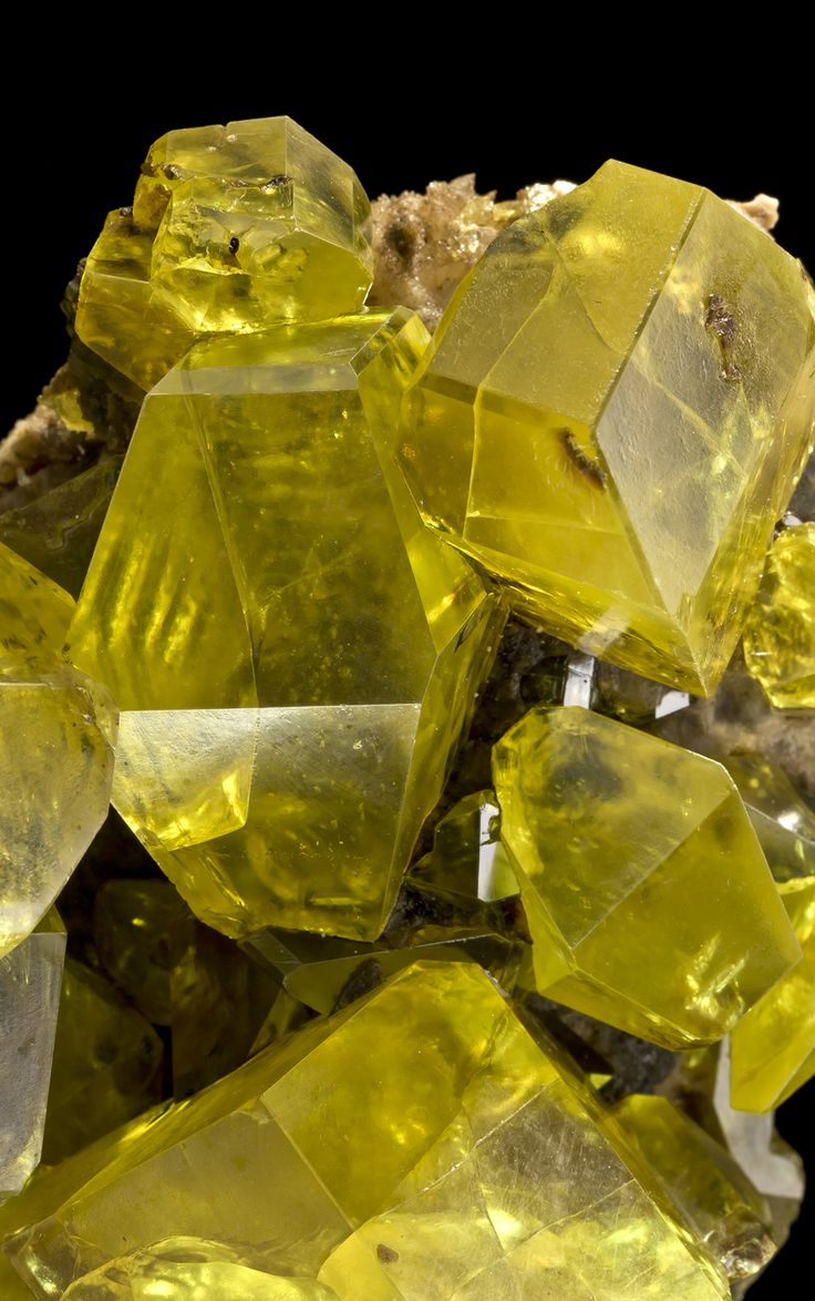 Sulfur with Hydrocarbon inclusions