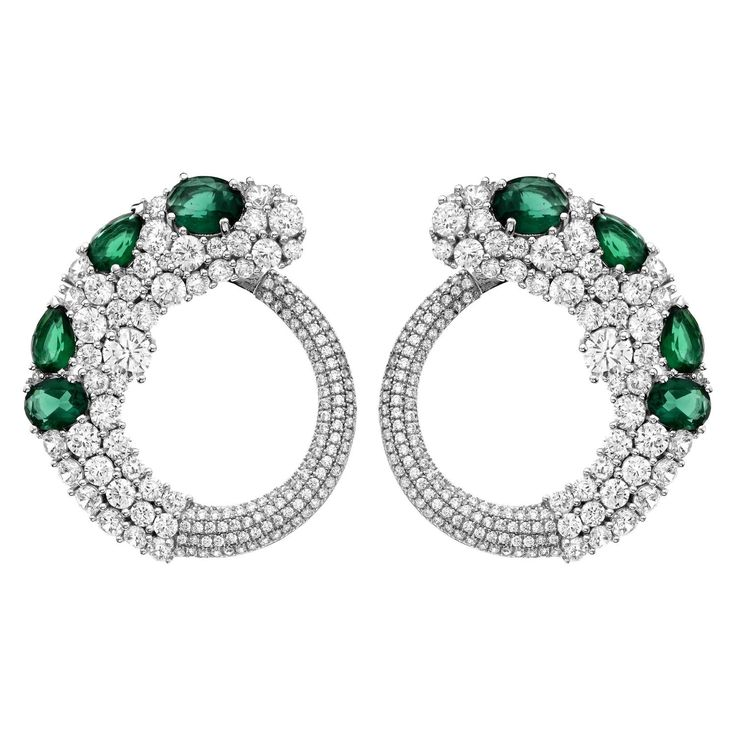 Emerald Diamond Gold Earrings | From a unique collection of vintage lever-back earrings at https://www.1stdibs.com/jewelry/earrings/lever-back-earrings/