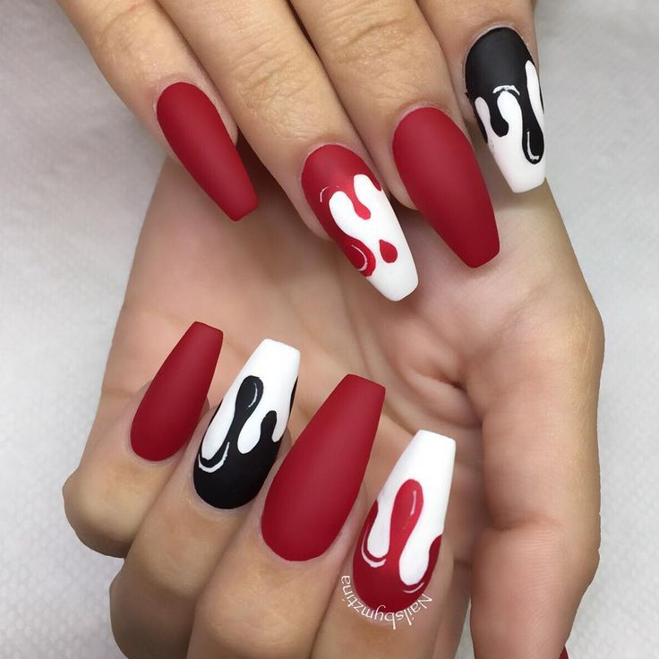 8,919 Likes, 225 Comments - Matte Queen (@nailsbymztina) on Instagram
