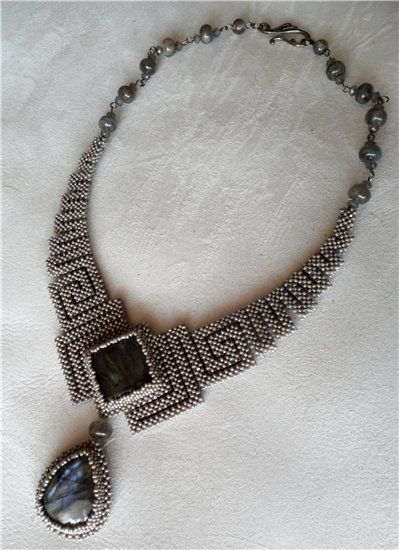 """Morgause"" - beadwoven necklace by СтараяКошка (StarayaKoshka), named after the dangerous queen of the legend of King Arthur"