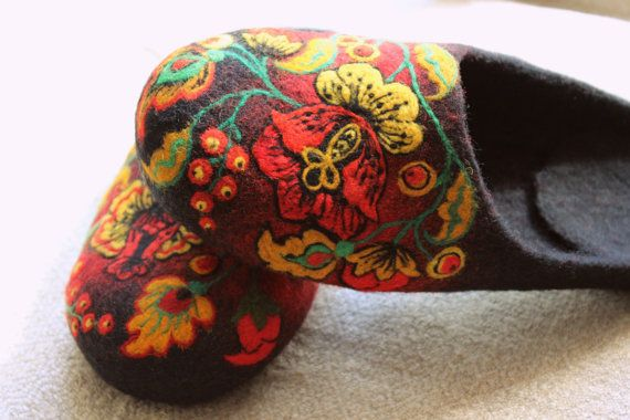 Handmade felted indoor shoes felt slippers 100 by FeltZeppelin, $153.00