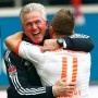 """Bayern-Trainer Heynckes: """"Ein bewegender, emotionaler Moment"""" - http://jackpot4me.com/ergebnisselive/bayern-trainer-heynckes-ein-bewegender-emotionaler-moment/ - Der FC Bayern hat seine berragende Bundesligasaison mit dem vorzeitigen Gewinn der Meisterschaftgekrnt. Trainer Jupp Heynckes spricht im Interview berdas Erfolgsgeheimnis der Mnchner, die Besonderheit des23. Titelgewinns und Reibereien innerhalb des Teams."""