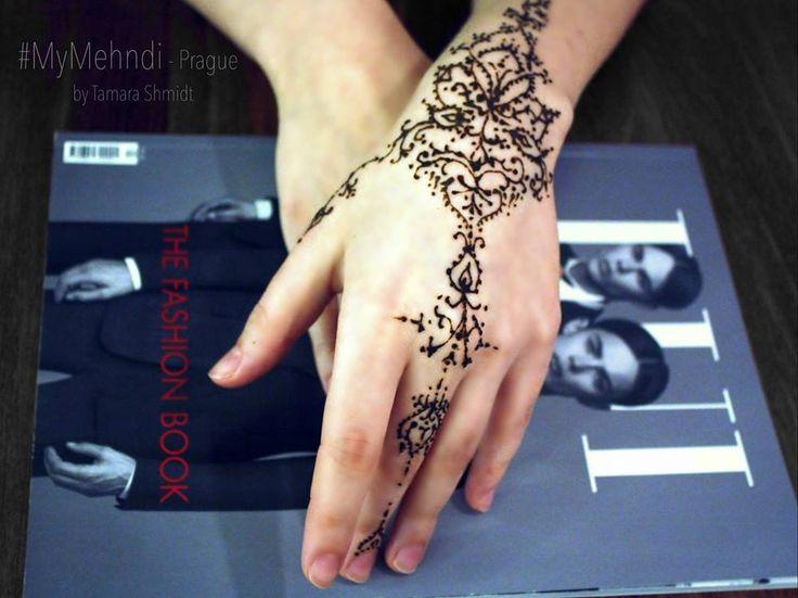 #mehndi #henna #tamarashmidt #handart #mymehndiprague #prague #pattern #мехенди…