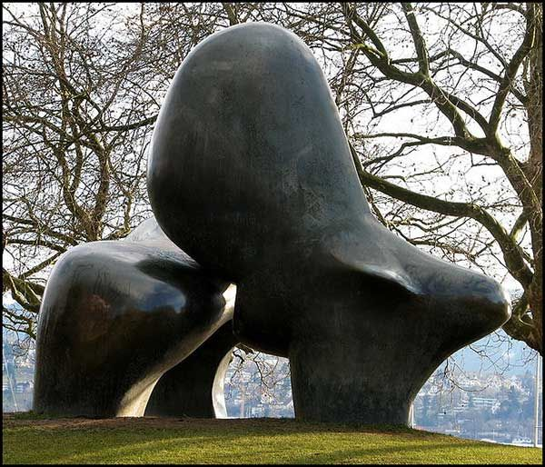 henry Moore . sheep sculpture