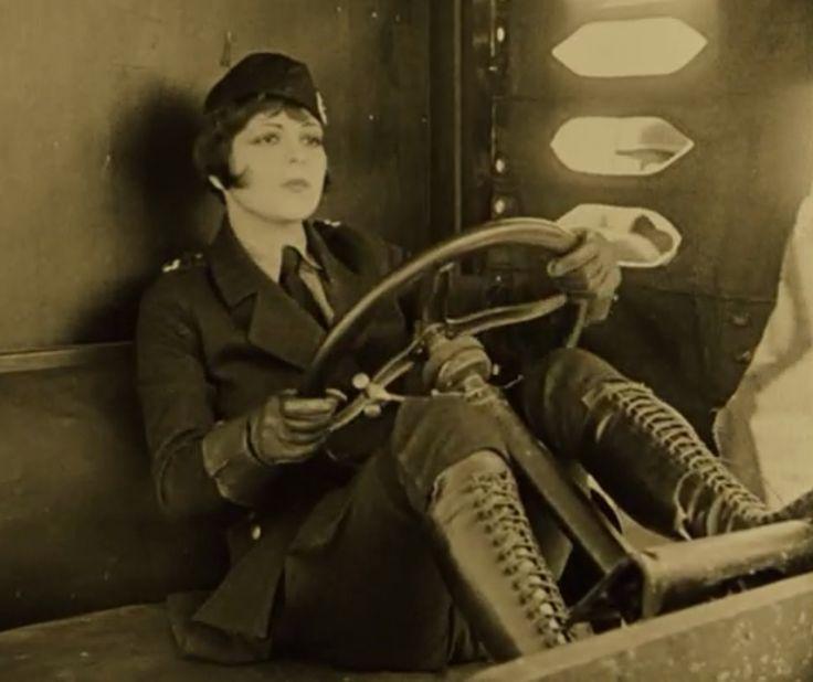 Clara Bow, Wings, 1927