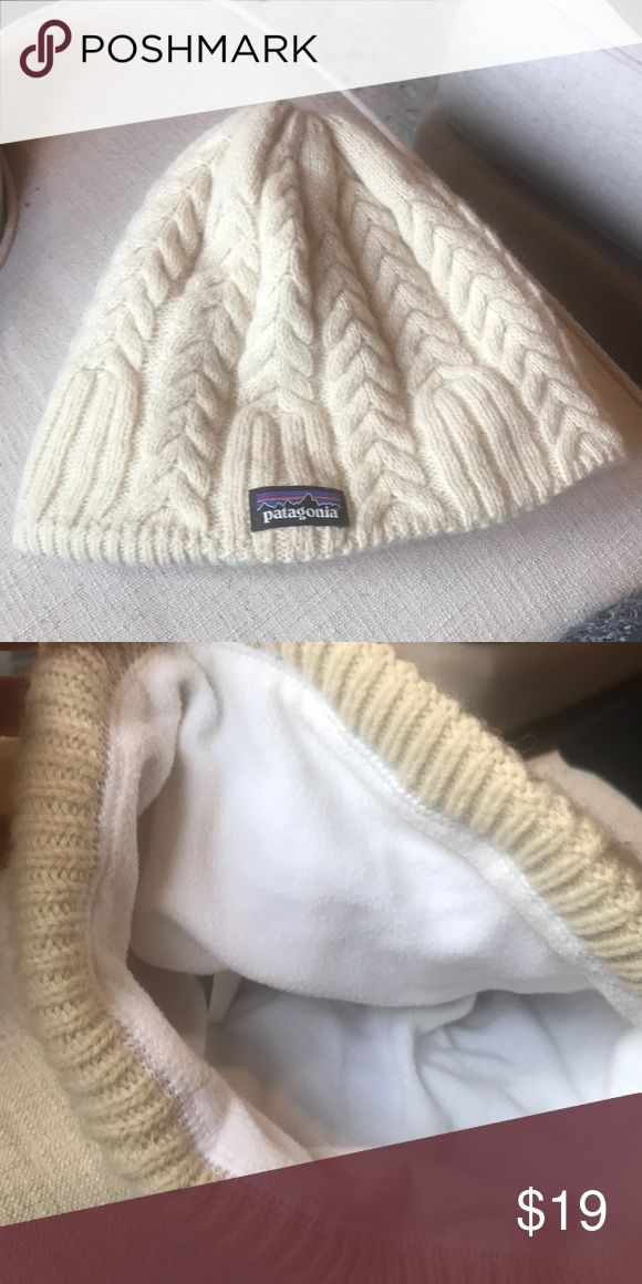 Patagonia beanie Great condition fleece lined OSFA Patagonia Accessories Hats