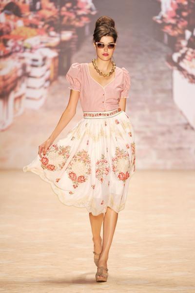 Lena Hoschek - love the skirt