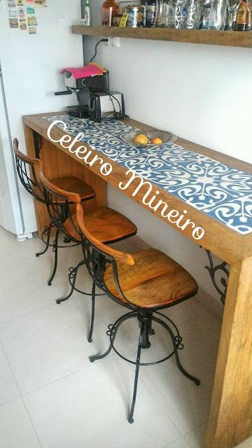 CELEIRO MINEIRO MÓVEIS Rústicos e Decoração : Banquetas giratórias, ferro com madeira, aqui no C...