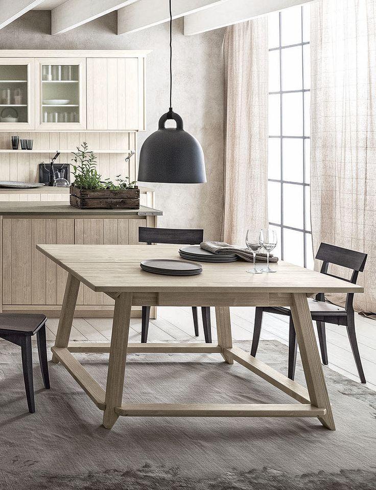 Tavolo capretta di Scandola Mobili. / Square table by Scandola Mobili.  #Scandola #complementi #accessories