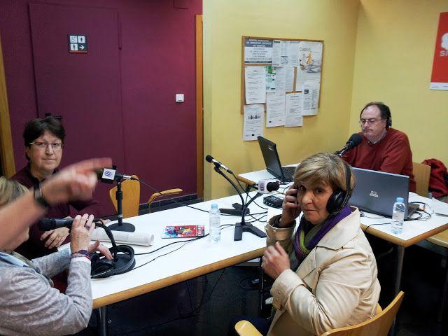 FREE - CENTRO CÍVICO CASETAS - CONCIERTO - RADIO SANZ BRIZ - Exposición de Arte Textil en el Centro Cívico de Casetas.