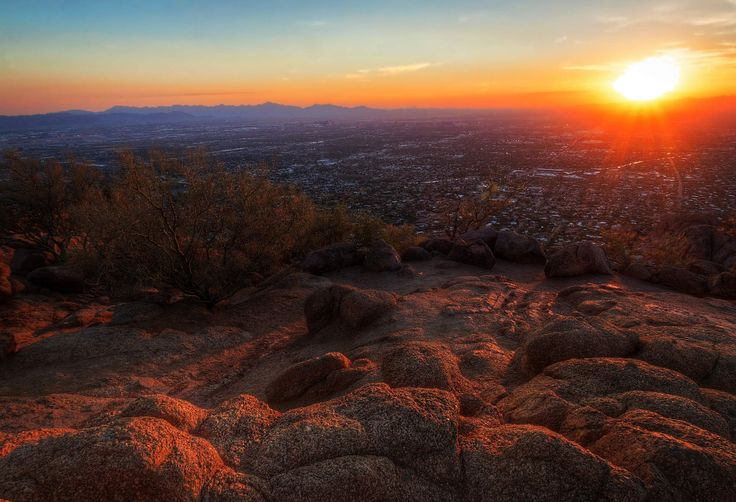 The Phoenix Bucket List: 30 Things to Do Before You Die