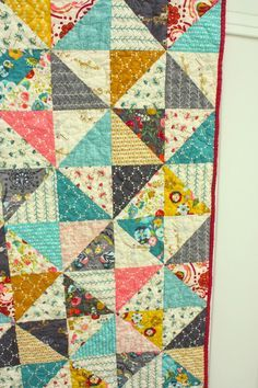 """Half Square triangle blocks are one of the basic elements of quilting. The design options are endless. At the bottom of this post is a link to a Half Square Triangles pinboard where you can get all kinds of half-square triangle inspiration. For this tutorial I'll be sharing the traditional """"Broken Dishes"""" layout of half …"""