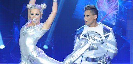 """Luciano """"El Tirri"""" y Barby Realy bailaron con las Kangoo Jumps en Showmatch"""