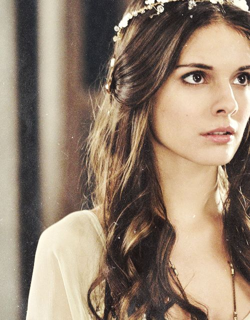 Reign *.* I like Lady Kenna, she's a stupid girl sometimes but she's also courageous.  P.S. - I like seeing her with Bash. Bye*