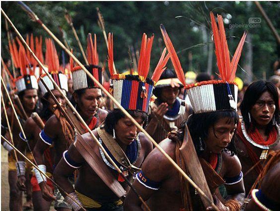 """Arco e Flecha O arco e a flecha surgiram nas tribos indígenas como instrumento de guerra. Hoje, são utilizados para a caça, a pesca e os rituais, mas também viraram instrumentos de esporte, disputado entre aldeias indígenas.O tamanho do arco vai de acordo com a necessidade de seu uso, de acordo com a cultura de...<br /><a class=""""more-link"""" href=""""https://catracalivre.com.br/sp/agenda/indicacao/conheca-os-esportes-que-tiveram-a-influencia-dos-povos-indigenas/"""">Continue lendo »</a>"""