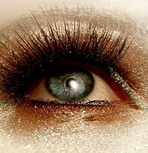 Make Up & Glitter! Un tutorial tutto da gustare! Dans la Valise