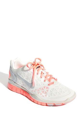 Nike ~