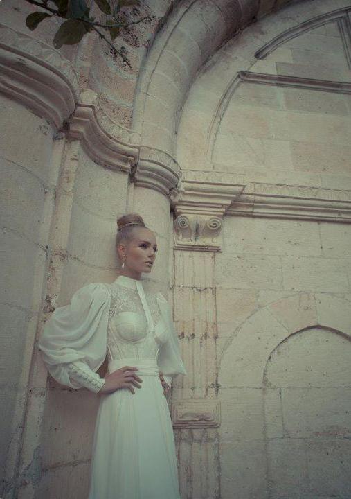Свадебные платья со шлейфом – коллекция Yaki Ravid's Wedding Couture 2012