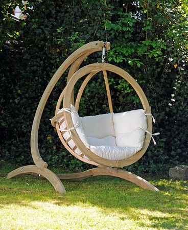 Globo Hanging Chair - Love this!!