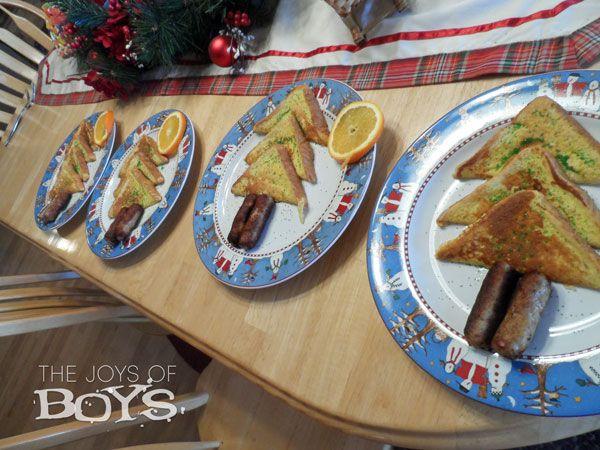 Christmas breakfast - Christmas tree French Toast