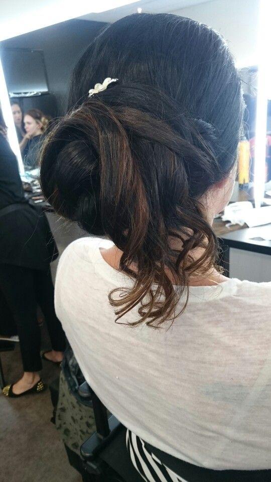 Bridal hair assesment.