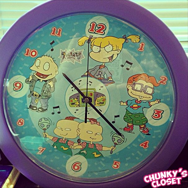 i totally forgot...but i have this clock somewhere!!! i have to find it!