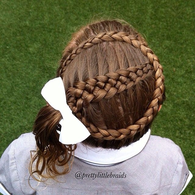 """I enjoyed braiding a 5 strand yesterday so thought we would have another go. Framed with a Dutch crown braid. ❤️"""