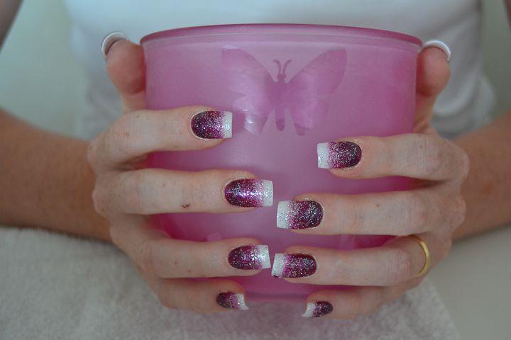 Bildresultat för lila naglar