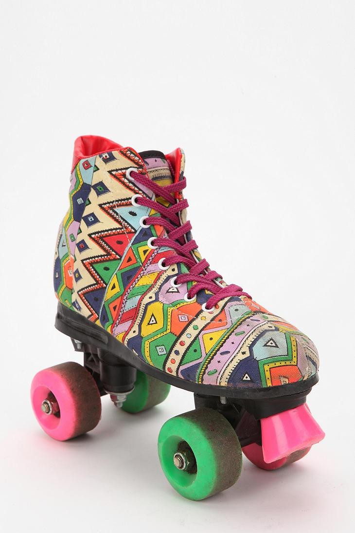 Roller skates in the 70s - Vintage 80s Party Print Roller Skate
