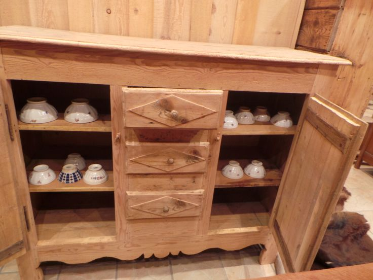 meuble ancien savoyard sapin gilli pinterest. Black Bedroom Furniture Sets. Home Design Ideas