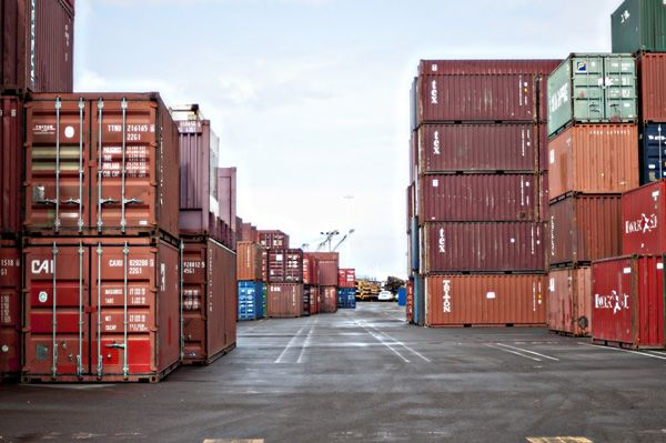 Dry and Refrigerated Container Sales, Modifications, Equipment Leasing | Con Global Shipping Container Sales