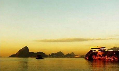 Depois de 'casamento' com Curitiba, prefeitura do Rio celebra amizade com governo de Niterói no Facebook - Jornal O Globo