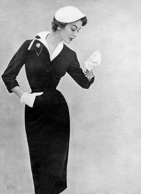 Fifties fashion icon Jean Patchett ~ 1953 #oldiesbutgoodies