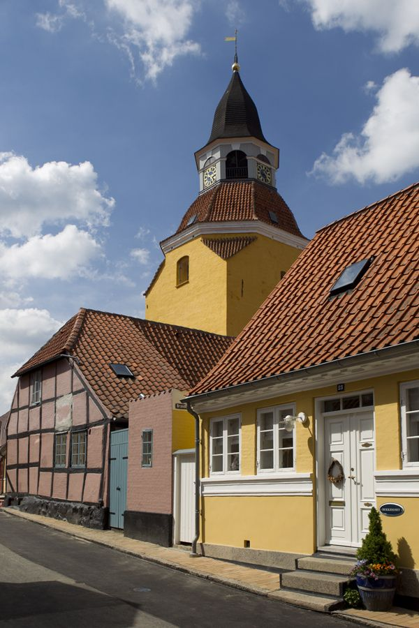 https://flic.kr/p/oo7AAW | Denmark. Faaborg. | Faaborg. For licensing see: www.gettyimages.co.uk/detail/photo/faaborg-medieval-town-...