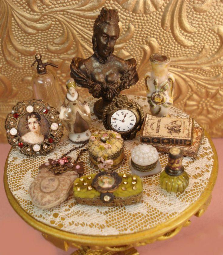 http://www.heirloomsbysusan.com/wp/wp-content/uploads/2010/01/OBJECTd-ART-TABLE.jpg