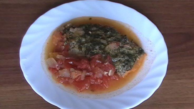 Reteta Video File de Peste la Cuptor cu Mustar, Patrunjel si Rosii Detalii reteta: http://www.reteta-video.ro/retete/file-de-peste-la-cuptor-cu-mustar-patrun...
